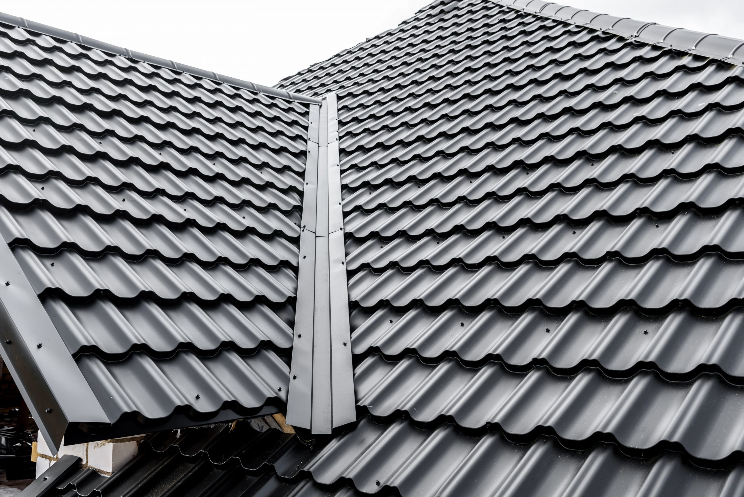 Metal tiles roofing